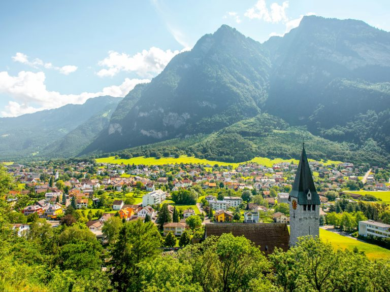 Liechtenstein Bank Sets up Cryptocurrency Trading Platform for Institutional Investors